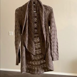 Ladies brown poncho